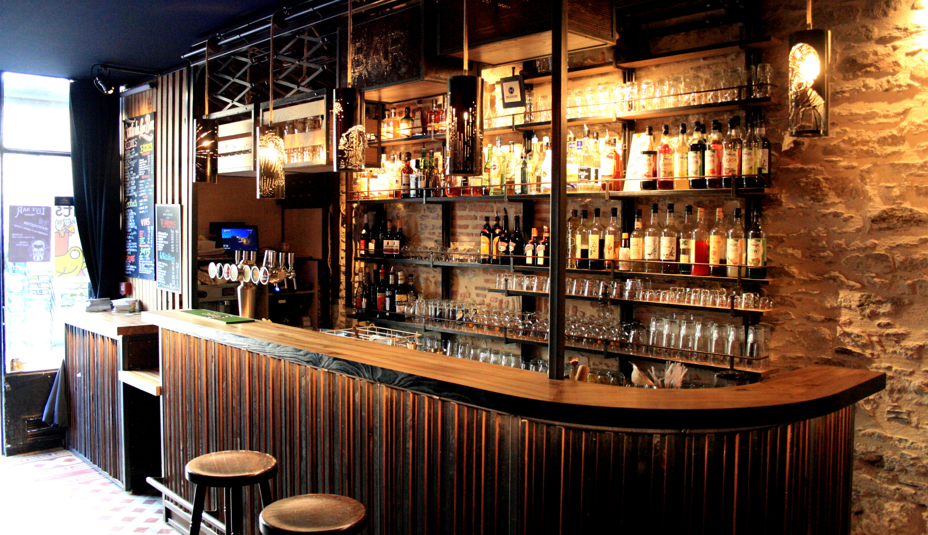 Live bar 6