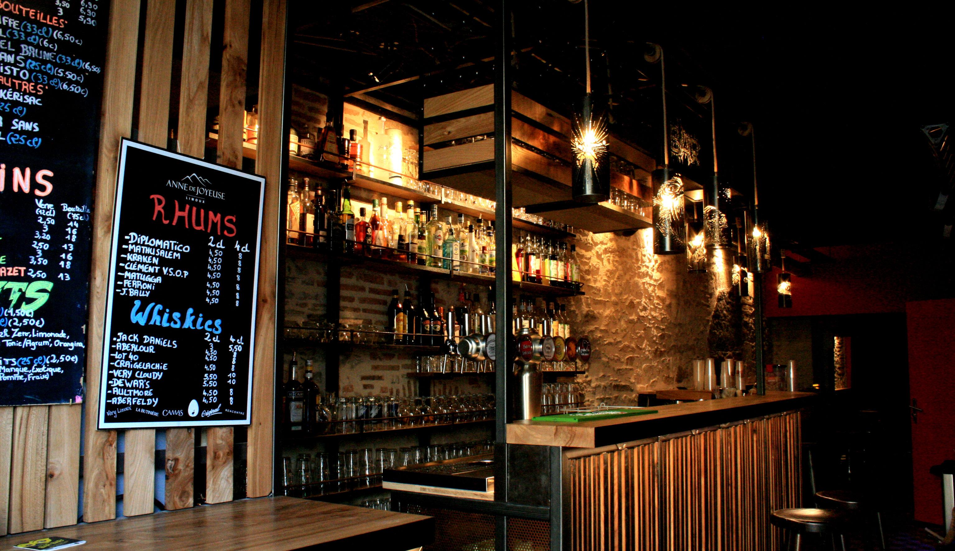Live bar 7