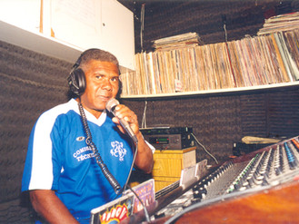 Rádio Comunitária Heliópolis 25 anos de Resistência