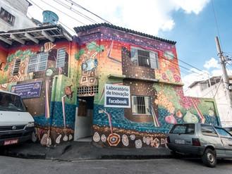 Há 4 anos em Heliópolis o Projeto Facebook na Comunidade estimula o empreendedorismo e o desenvolvim