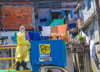 Ação busca conscientizar os moradores de Heliópolis sobre os riscos do novo coronavírus