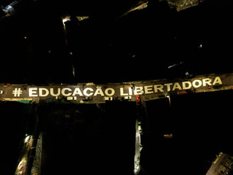 Intervenção artística em Heliópolis homenageia Professores e ressalta a importância da Educação