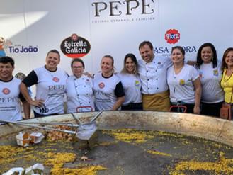 Restaurante Paellas Pepe comemora 20 anos doando alimentos a projetos sociais da UNAS