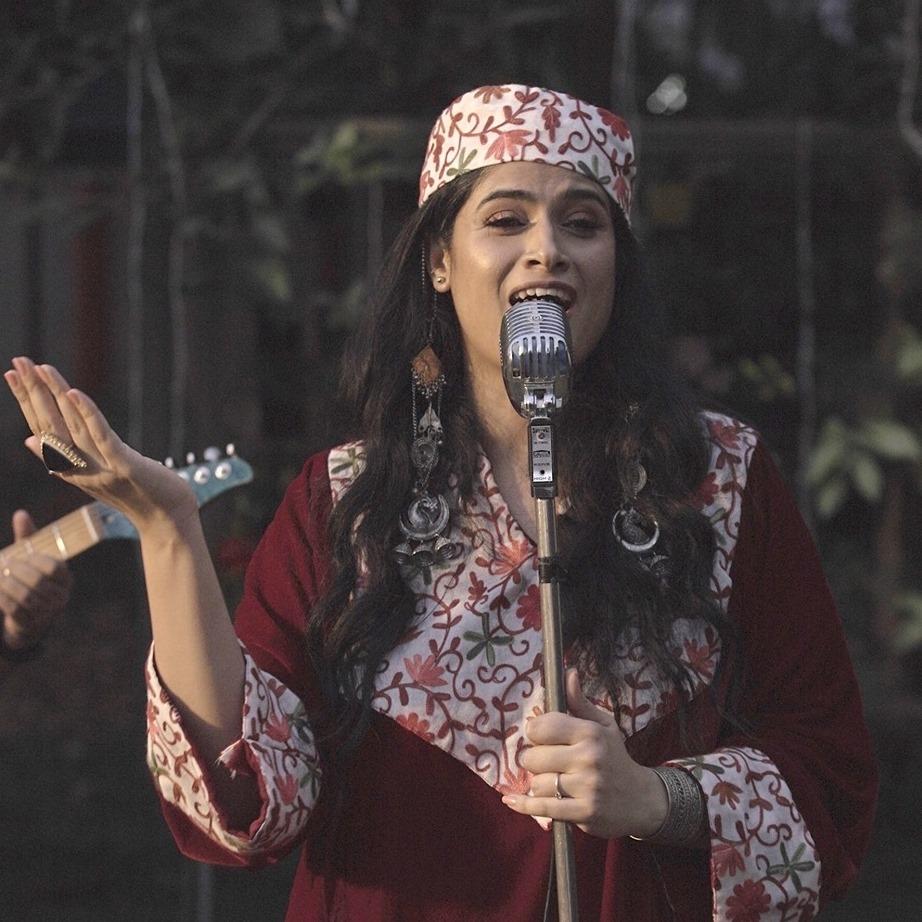 Aabha Hanjura & Sufistication