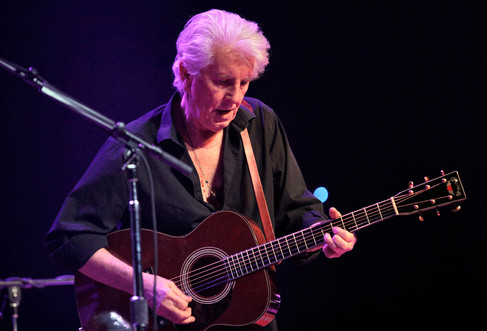 Graham Nash, The Pageant