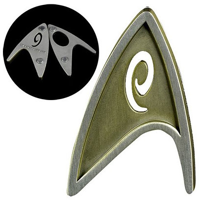 STAR TREK BEYOND OPERATIONS INSIGNIA MAGNETIC BADGE REPLICA