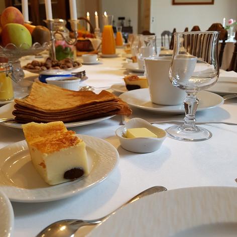 Petit déjeuner au Manoir de Kergrec'h