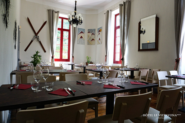 Le restaurant Hôtel le Vizzavona.jpg