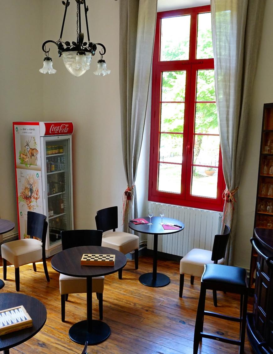 Hôtel le Vizzavona - Le salon