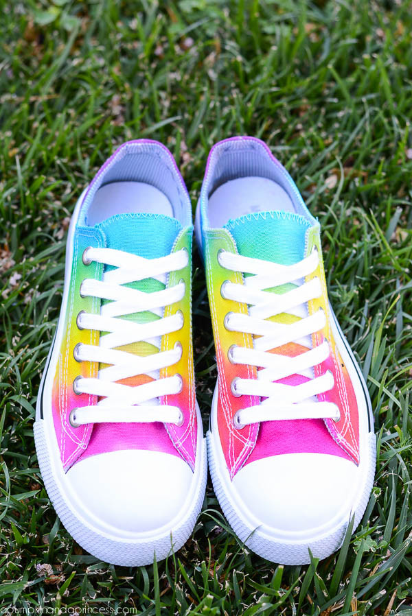 Dye old canvas shoes Image from https://apumpkinandaprincess.com/rainbow-tie-dye-shoes/
