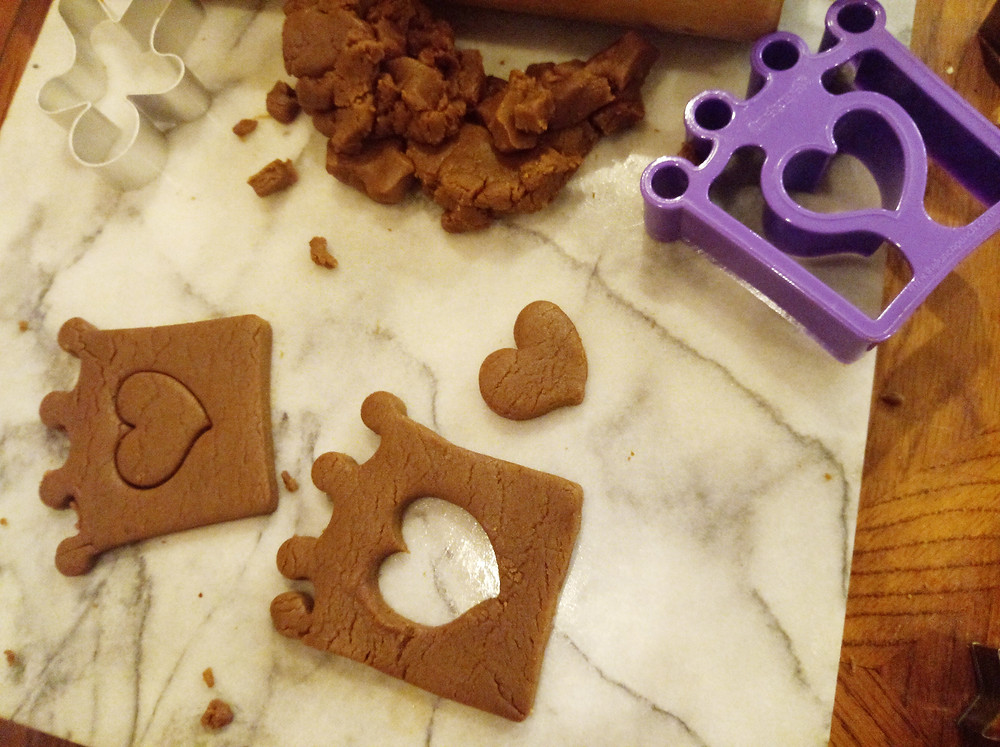using sandwich cutters for cookies