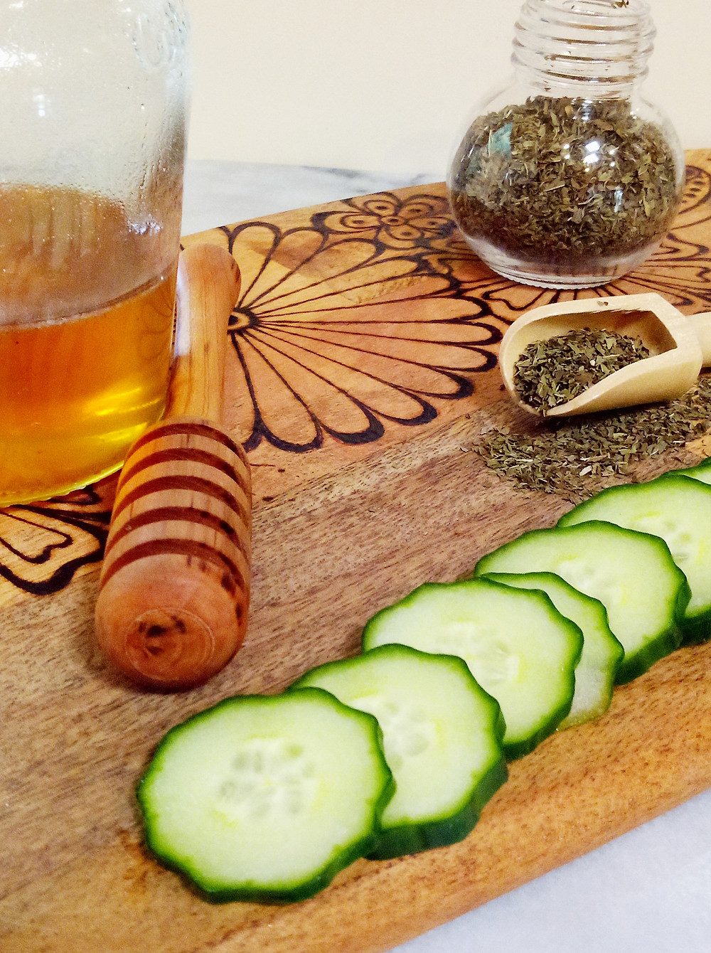 Ingredients for DIY Cucumber, Mint Honey Face Cleanser
