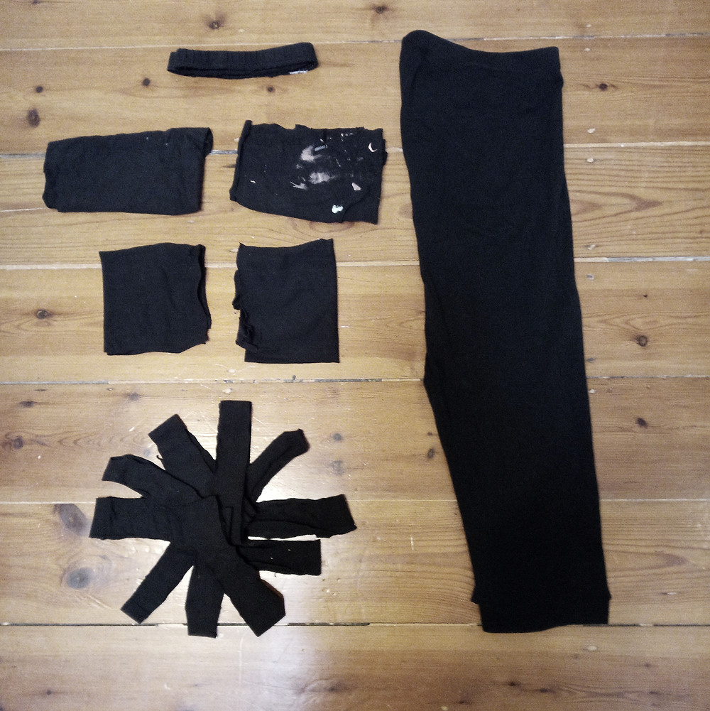 How to repurpose old leggings or yoga pants