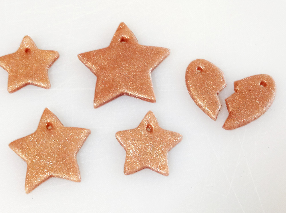 Baked Polymer clay pendants - an ecofriendly way to repurpose glitter