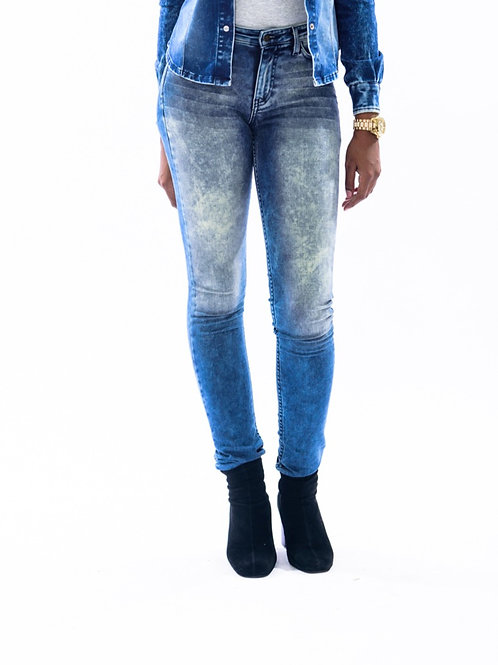 True Hills Women's Cloud Wash Denim