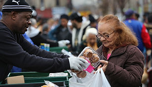 1140-woman-buying-food-snap.jpg