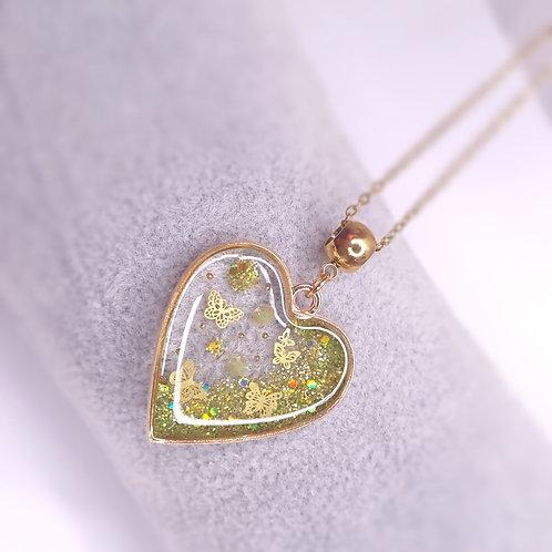 Coeur de resine - Des papillons dans le coeur