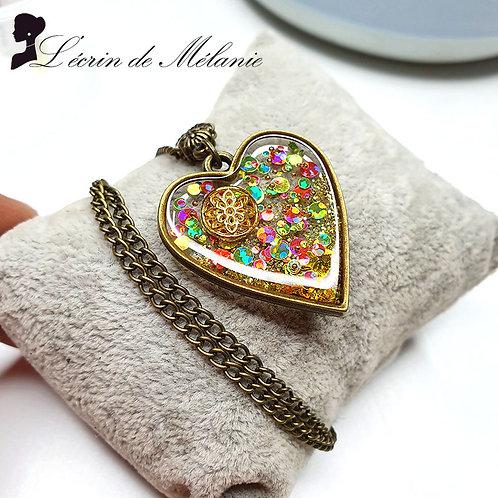 Collier - Coeur de resine Vert, rose et or