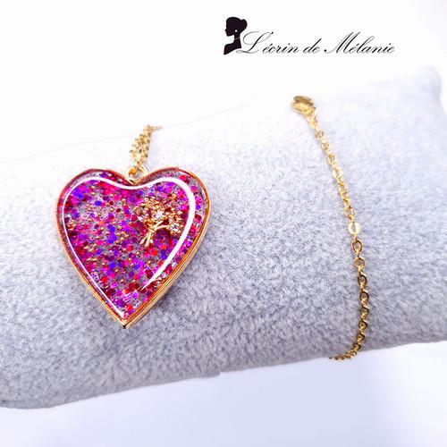 Coeur de résine Bouquet de printemps rose