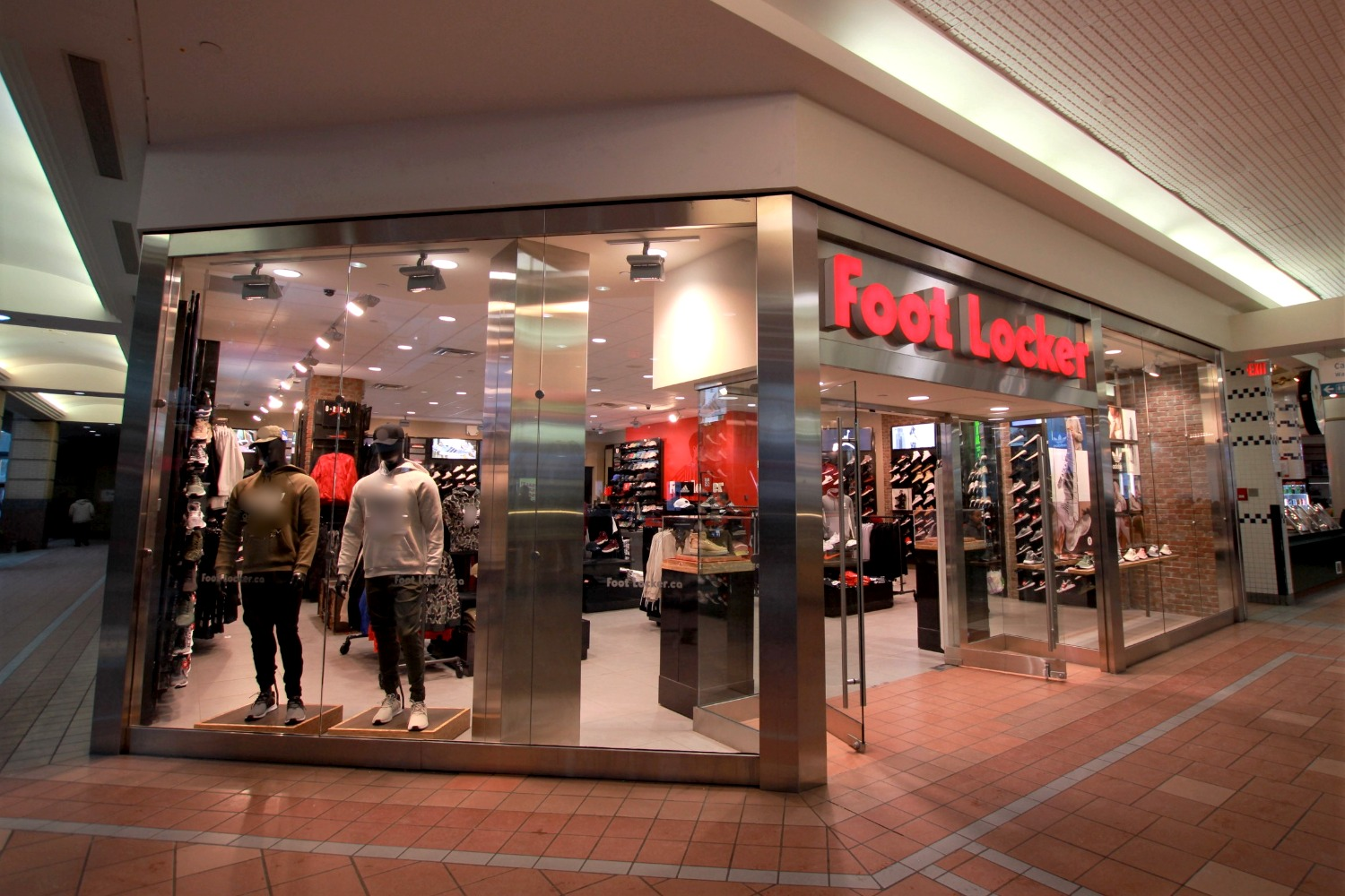 Foot Locker Portage Place