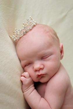 Niagara falls newborn photographer
