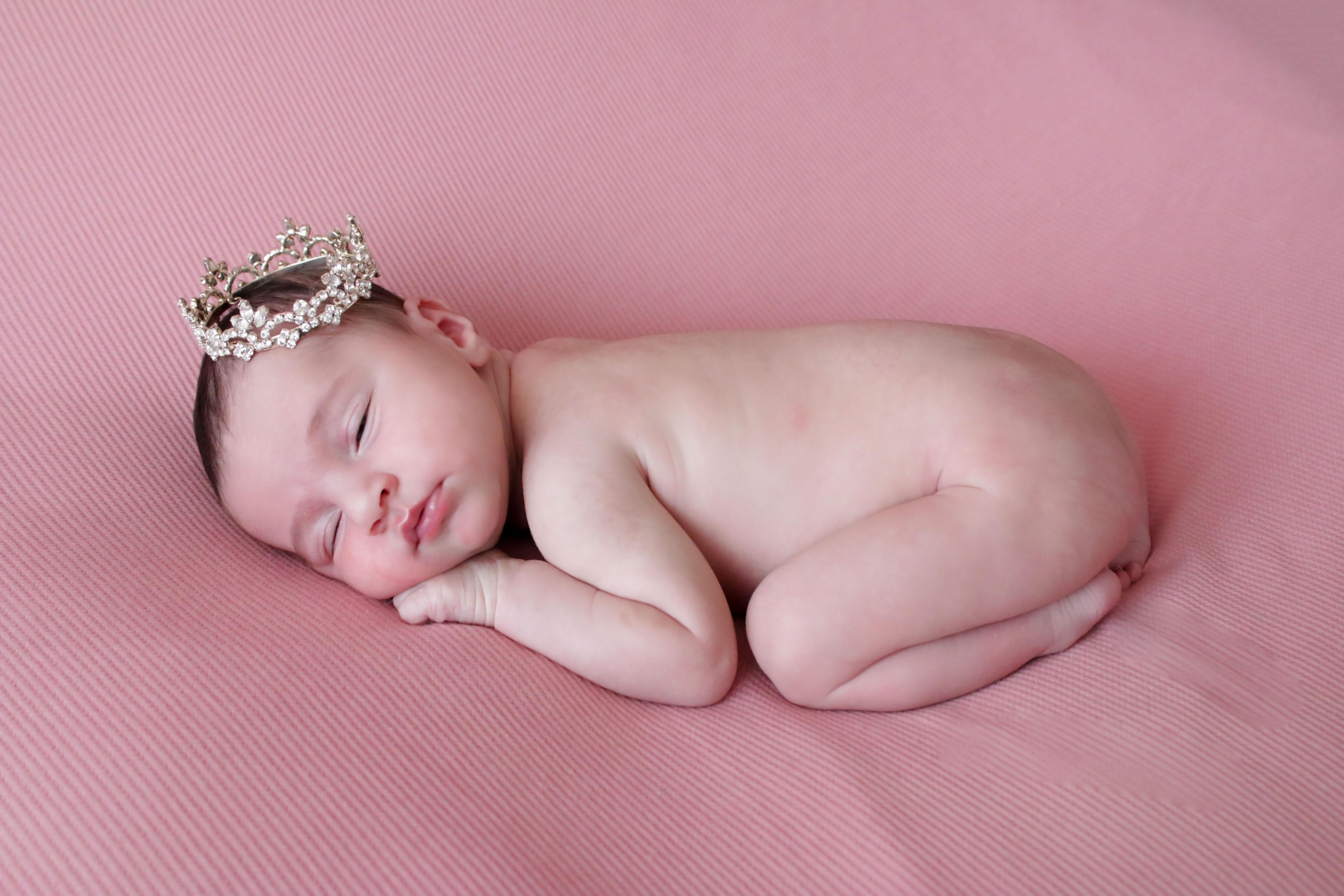 Newborn photography Niagara