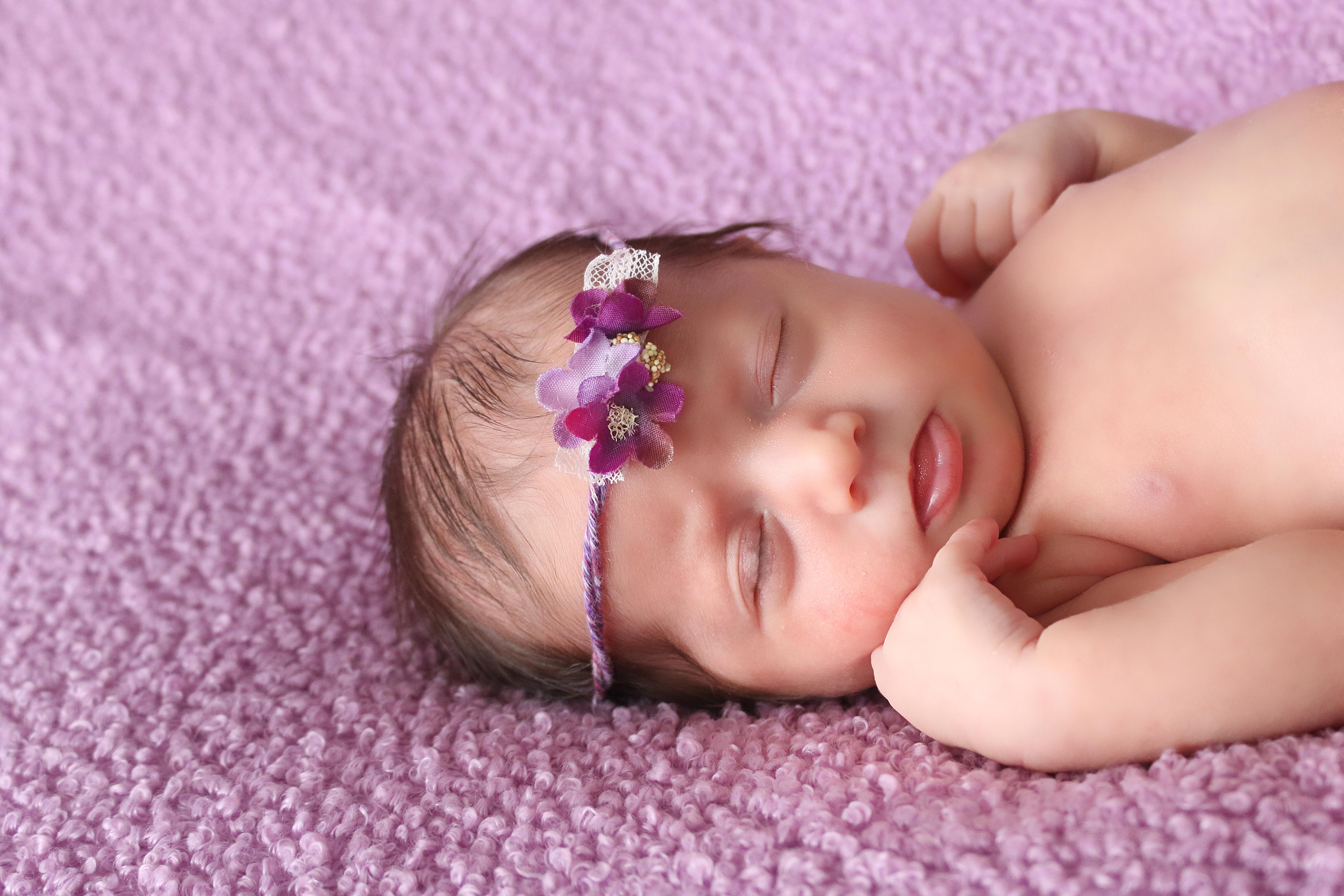 Niagara newborn photograph