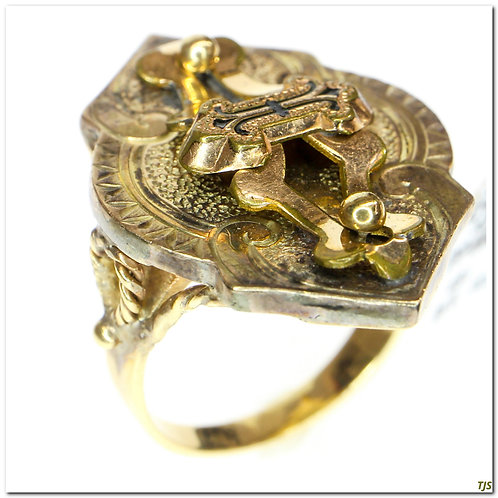 Gold Victorian Enamel Ring