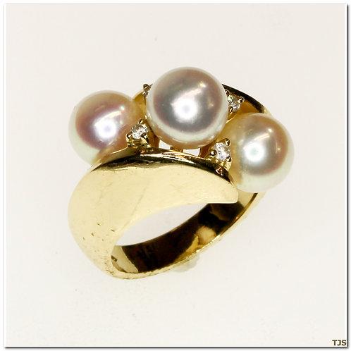 Gold Diamond & Pearl Ring