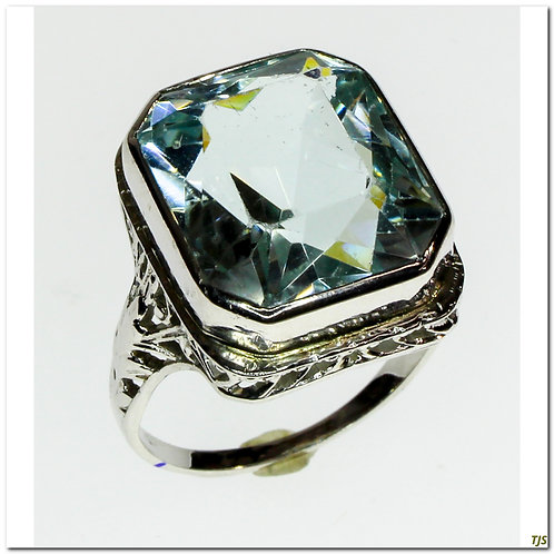 Anitque Gold Aquamarine Ring