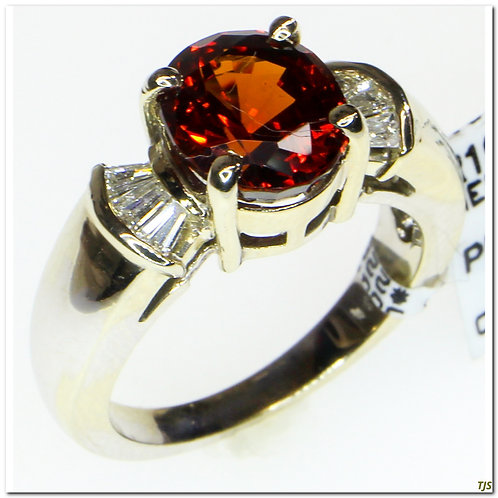 Gold Diamond & Garnet Ring