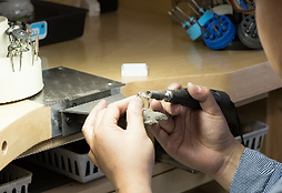 Jewelry repair services