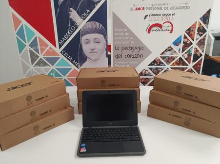 La Asociación de Familias adquiere 10 equipos portátiles Chromebooks para el colegio