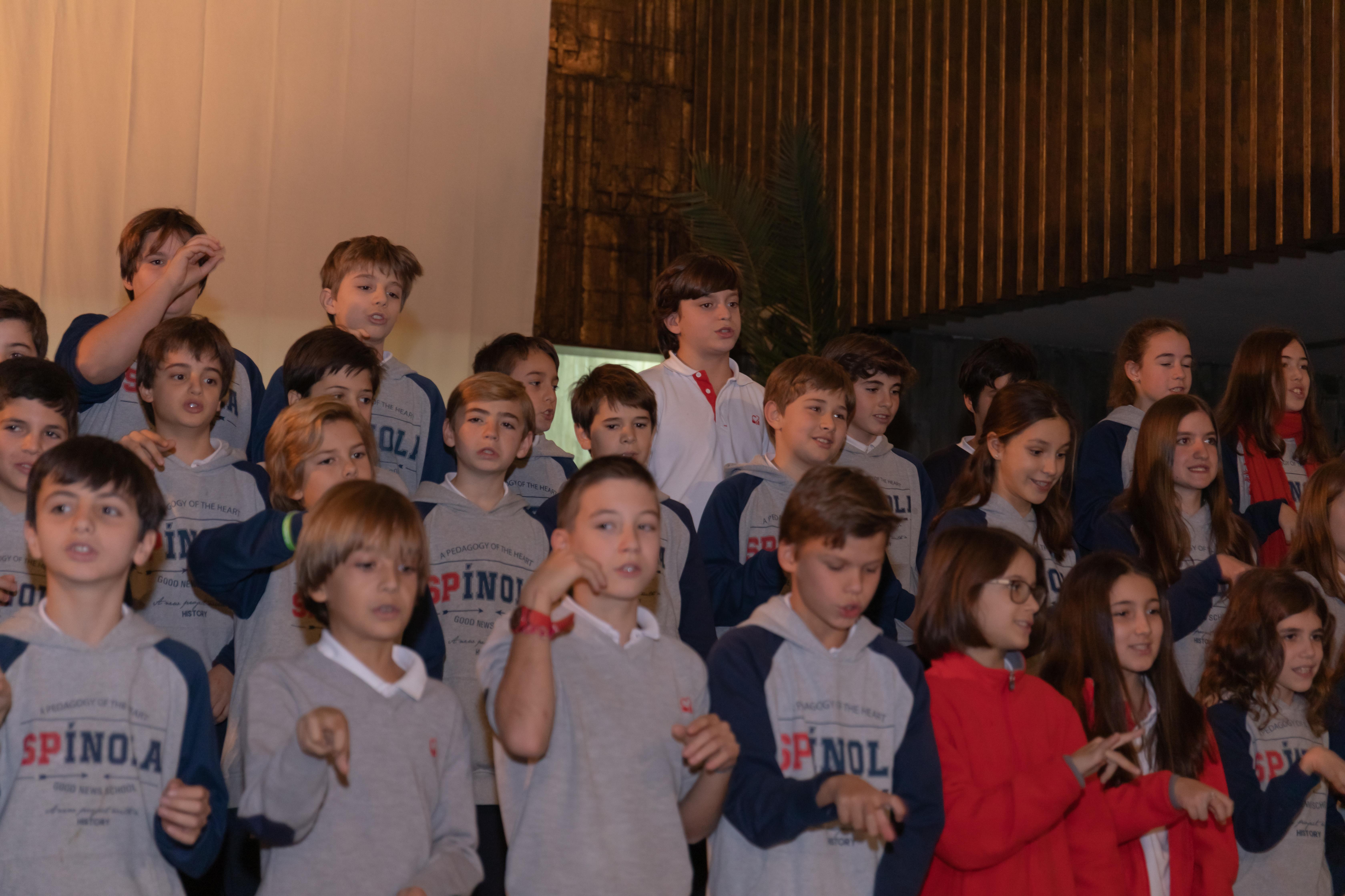 CORO Y PREMIOS MIERCOLES MATINAL-54