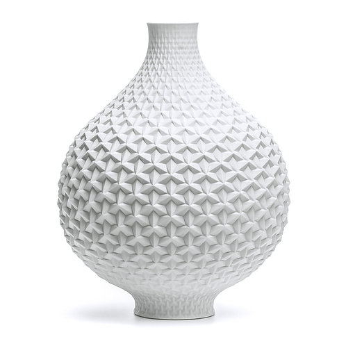 Origami Vase front view main