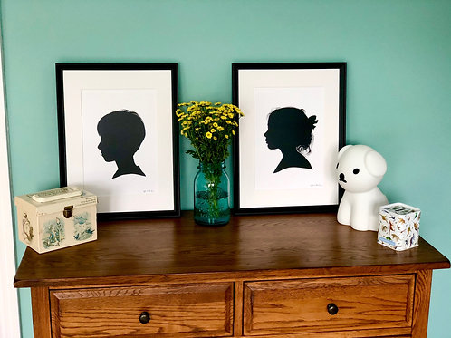 A bespoke painted Silhouette Portrait