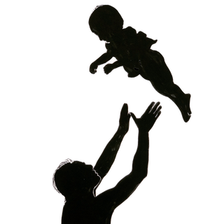 Dad%20throwing%20baby%20in%20air_edited.