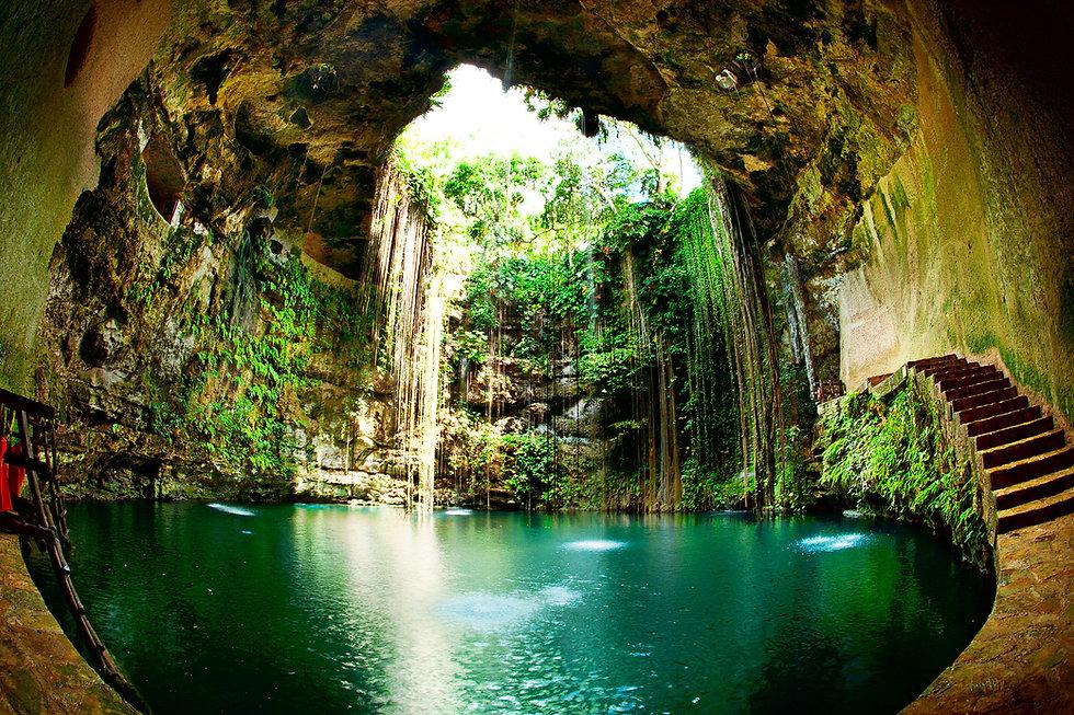 Ik-Kil-Cenote-Mexico.jpg