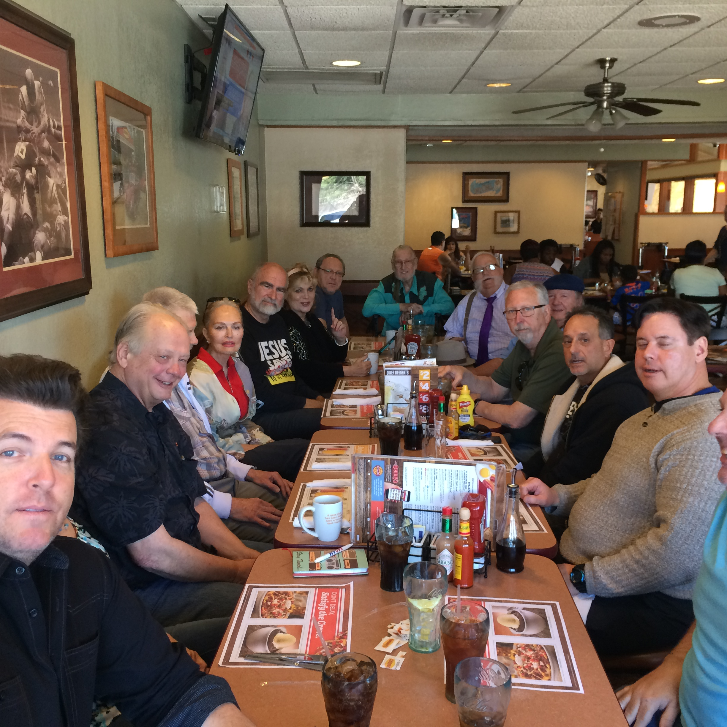 MFI weekly luncheon 002