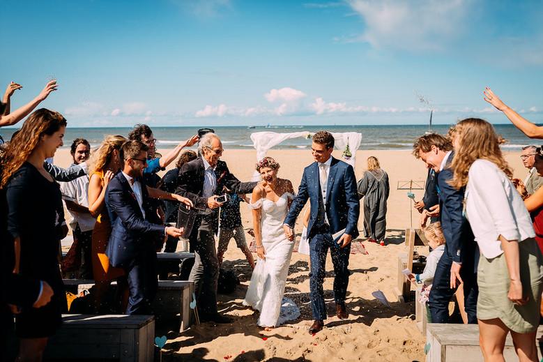 bruiloft-scheveningen-strand-strandbruil