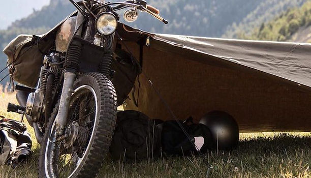 Motorcycle-Camping-Stay-Exposed-Bivouac-