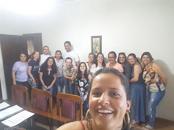 Irmãos_de_Comunidade.jpg