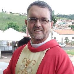 Padre Romes.jpg