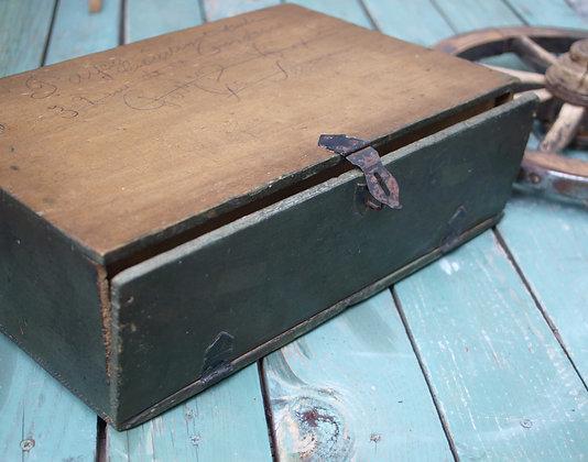 Ancienne boite à factures