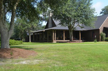 Broadfield Lodge