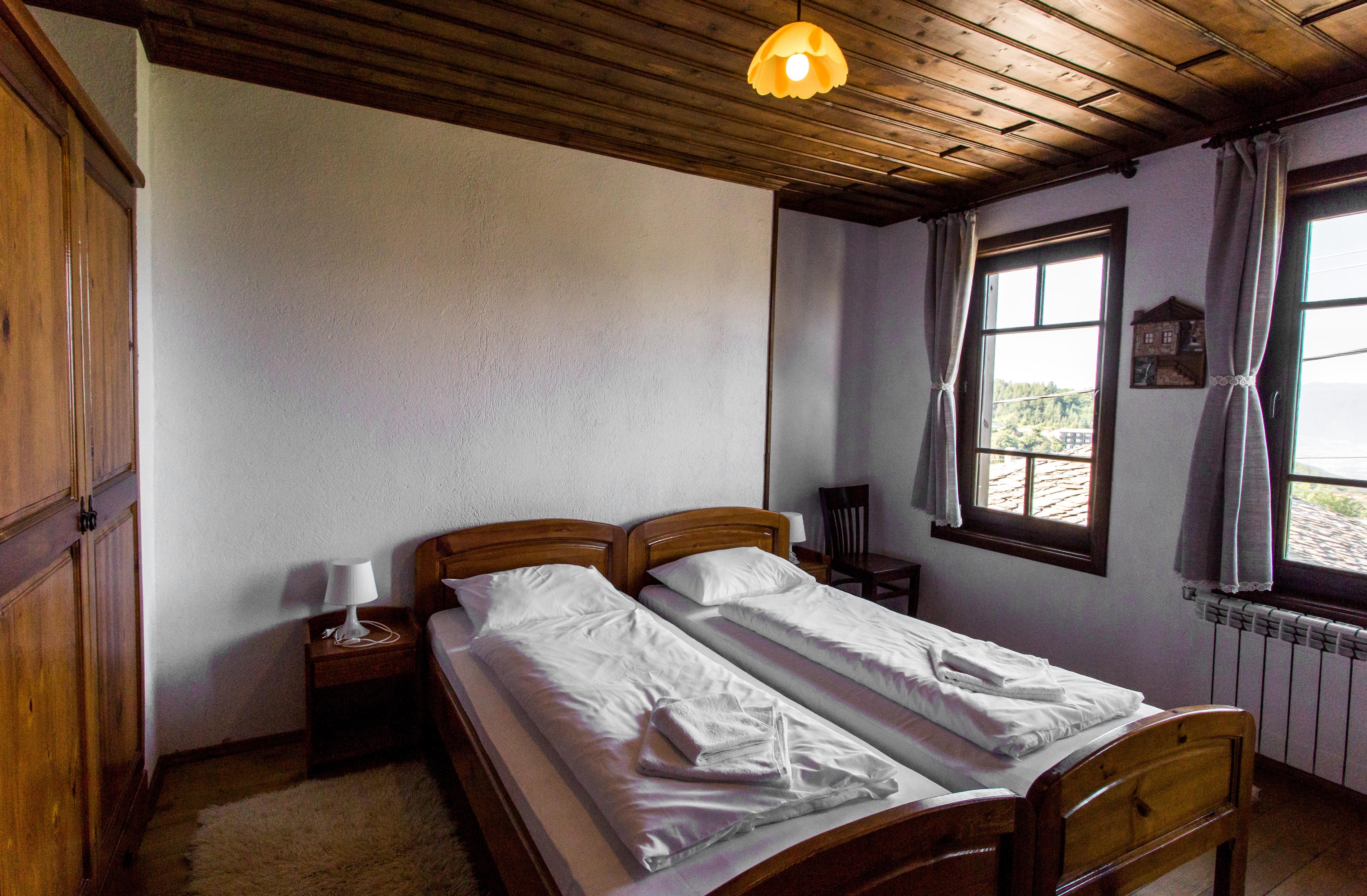Двойна стая на 2-ри етаж