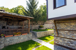 Барбекю и градина