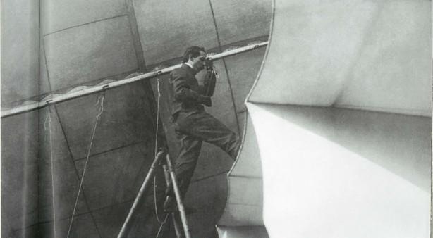 Santos-Dumont in zijn creatie