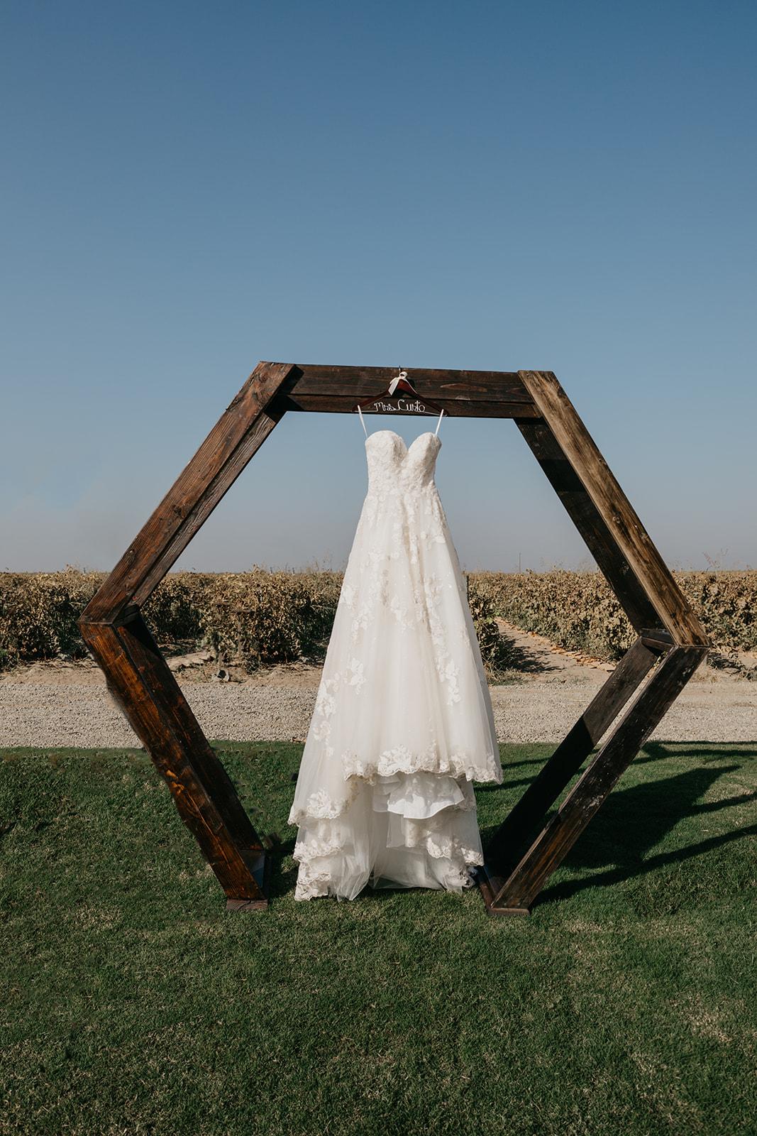 Evanelle Vineyards Wedding by Fatima Elr