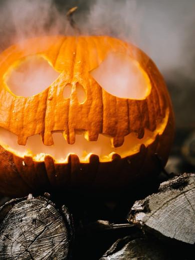 halloween-2905531_1920.jpg